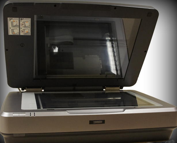 Flatbed Scanner for digitising glass plates