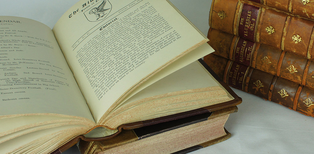 Digitise Books and delicate Bound Volumes